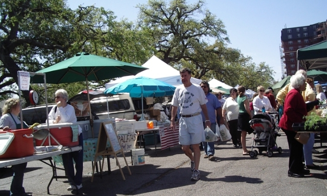Uptown New Orleans farmers market 032506e